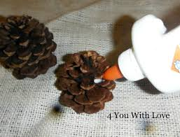 homemade holiday inspiration day 3 pinecone ornaments