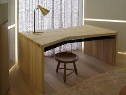 bureau chene bureau chene armoire bureau pas cher lepolyglotte