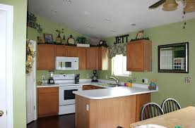kitchen wall colors with light wood cabinets kitchen colours with oak cabinets emverphotos info