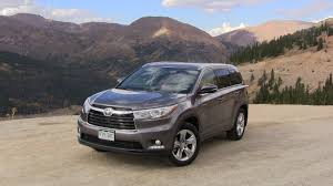 colors for toyota highlander 2014 toyota highlander hybrid chasing colors and mpgs roadtrip