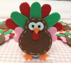felt turkeys felt turkey ornaments fall thanksgiving crafts
