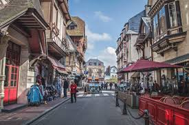 cute towns an absolutely stunning list of places to visit in france besides