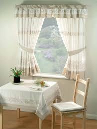 tende con mantovana per cucina gallery of tende cucina tendaggi modelli di mantovane per tende