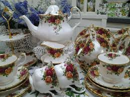 country roses tea set 103 best royal albert country roses images on