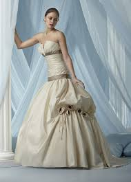 non traditional wedding dresses with sleeves keeppy non traditional wedding dresses