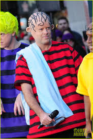today show u0027 hosts wear spot on peanuts halloween costumes photo