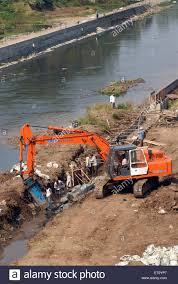 excavator and digger bulldozer of tata hitachi ex 200 lc heavy