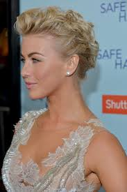 julianne hough hairstyle in safe haven more pics of julianne hough pompadour 21 of 103 julianne hough