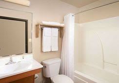 Comfort Suites San Angelo Woodspring Suites San Angelo San Angelo Hotels From 48 Kayak