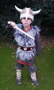 8 Halloween Costume Ideas 25 Viking Costume Ideas Barbarian Costume