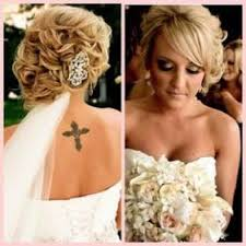 winter wedding hairstyles with veil