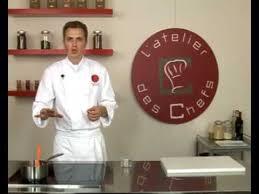 un roux cuisine technique de cuisine réaliser un roux