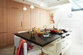 ilot cuisine avec table impressionnant cuisine avec ilot central et table avec table ilot
