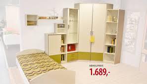 Schlafzimmer Franz Isch Einrichten Bett Schrank Kombination Simple Eine Kombination Aus Bett Und