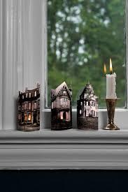 Room On The Broom Craft Ideas - 66 easy halloween craft ideas halloween diy craft projects for