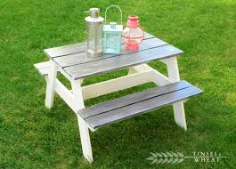 Wood End Table Plans Free by Get The Diy Plans For This Charming Children U0027s Picnic Table From