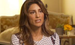 linda reagan hairstyle blue bloods jennifer esposito s blue bloods dismissal actress says what