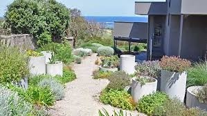 Inspiring Backyard Garden Design And Landscape Ideas - Backyard garden designs and ideas