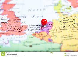 rode duwspeld op kaart van nederland stock foto afbeelding 47254804