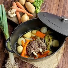cuisine pot au feu recette pot au feu de jarret de veau