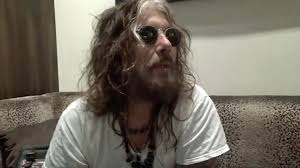 Radio Silence Arcada Corabi Being In Motley Crue Made Me Value Friends And Family