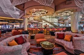 Chandelier Las Vegas Cosmopolitan Renovated Chandelier Debuts At The Cosmopolitan U2013 Las Vegas Review