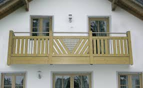 balkone holz bauen balkon balkongeländer balkonverkleidung