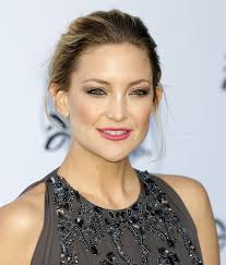hair cuts for ears that stick out hairstyles hide big ears tuny for
