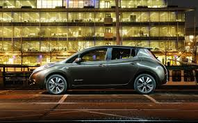nissan leaf uk review top five best electric cars
