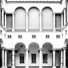 il cortile genova file cortile maggiore di palazzo ducale a genova jpg wikimedia