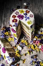 wedding dessert ideas with classic creativity edible flowers
