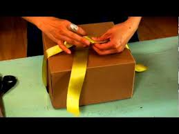 bows for gift boxes how to tie a bow with ribbon