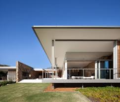nature immersed house in south western australia by tierra design