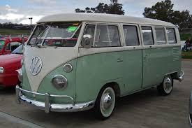 volkswagen classic bus file 1964 volkswagen t1 transporter kombi bus 6105785703 jpg