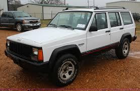 sport jeep cherokee 1994 jeep cherokee sport suv item j7644 sold january 27