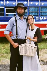 Amish Costumes Halloween American Amish Couples Amish Country