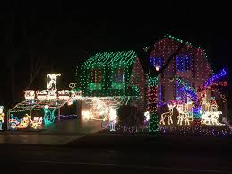 christmas light show toronto ontario man known for elaborate christmas display dies after fall