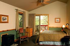 deluxe cabins evergreen lodge