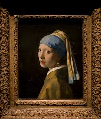 girl with the pearl earring painting girl with pearl earring comes home to daily mail online