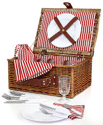 picnic basket for 4 martha stewart 26 wicker picnic basket set