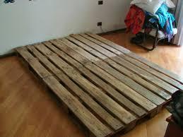 pedana pallet wearecomplicated letto con pallet bancali costruzione e consigli