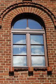 welche wandfarbe passt zu beigen steinwand haus renovierung mit modernem innenarchitektur kühles welche