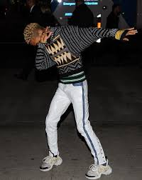 spotted jaden smith flexes in louis vuitton ss18 sneakers u2013 pause