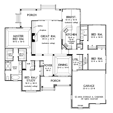 5 bedroom country house plans impressive house plans 5 bedroom ranch with porch low country of