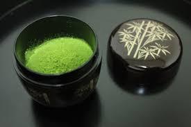 Teh Matcha matcha bubuk teh hijau yang diseduh dalam upacara minum teh