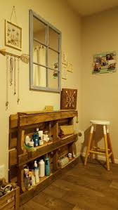best 25 pallet vanity ideas on pinterest diy makeup vanity