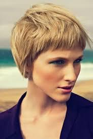 Frisuren Mittellange Dickes Haar by 20 Stilvolle Kurze Frisuren Für Frauen Mit Dicken Haaren Haar