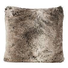 fellimitat teppich winter home kissen fellimitat yukonwolf ca 45x45 cm braun