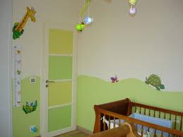 décoration murale chambre bébé garçon idee deco avec fille decoration murale ancien et lit bleu