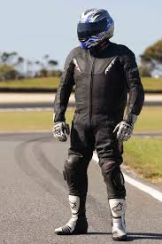 bike riding gear phillip island ride days